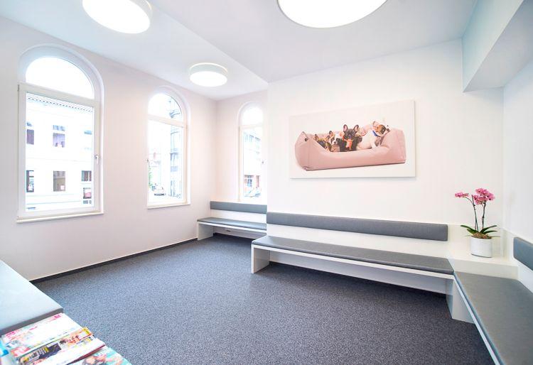 Möbelbau & Innenausbau - Wartezimmer Praxis