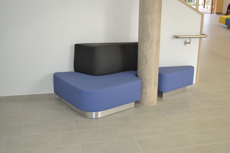 Möbelbau & Innenausbau - Sitzecke Leder blau